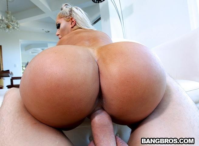 Big Cock Makes Her Cum Hard
